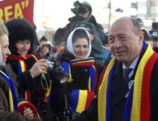 Traian Basescu, in vizita la Chisinau - va fi decorat de Timofti