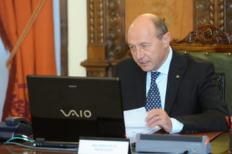 Traian Basescu, ingrijorat de conflictul din Ucraina: Violenta nu este o solutie (Video)