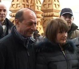"""Traian Basescu, la """"Pomana Porcului"""" din Balvanyos"""