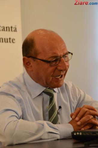 Traian Basescu, la Parchet in dosarul de spalare de bani (Video)
