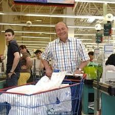 Traian Basescu, la cumparaturi. Vezi ce spune despre pretul painii si Comisia Calarasi