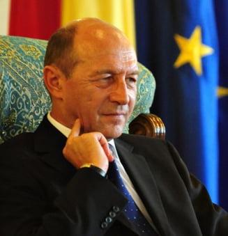 Traian Basescu, medaliat de Federatia Comunitatilor Evreiesti din Romania