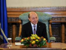 Traian Basescu, prima poza de la botezul nepotului sau (Foto)