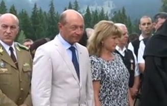 Traian Basescu a ajuns la Izvorul Muresului