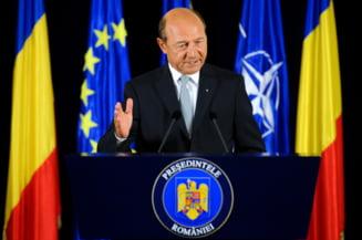 Traian Basescu a intors armele (Opinii)