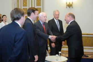 Traian Basescu a primit la Cotroceni trei senatori americani (Foto)
