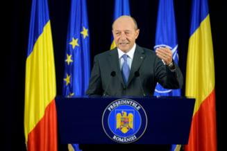 Traian Basescu a retrimis la Parlament legea privind reducerea CAS - cum motiveaza