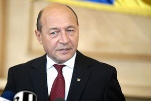 Traian Basescu are doi noi consilieri prezidentiali