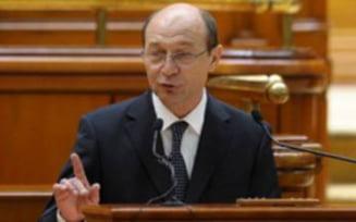 Traian Basescu ataca la CCR suspendarea sa