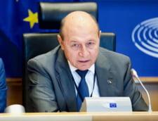 "Traian Basescu ii cere demisia ministrului Catalin Drula: ""Ma mir ca nu au spus ca mecanicul a baut cu mine"""