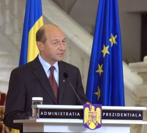 Traian Basescu intoarce legea ANI la Parlament