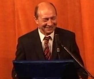 Traian Basescu neaga ca ar fi lovit un barbat la Neptun