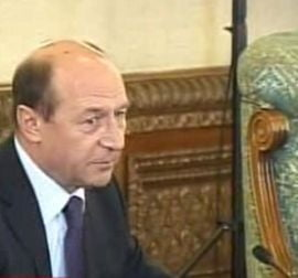 Traian Basescu recheama in tara 17 ambasadori romani