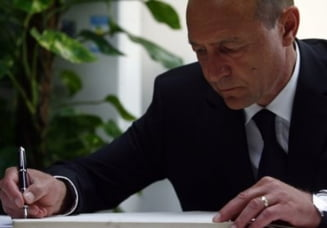 Traian Basescu retrimite Parlamentului doua legi