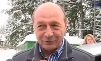 Traian Basescu s-a intors la Predeal, impreuna cu sotia sa