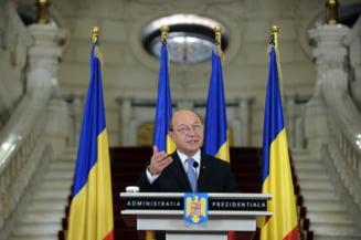 Traian Basescu s-a suparat pe sat (Opinii)