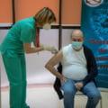 """Traian Basescu s-a vaccinat impotriva COVID-19 la Spitalul Militar """"Carol Davila"""" din Bucuresti"""
