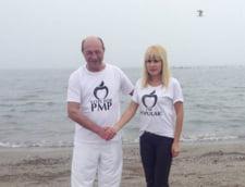 Traian Basescu si Elena Udrea merg sambata la Mamaia