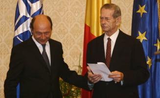 Traian Basescu si voturile monarhistilor (Opinii)