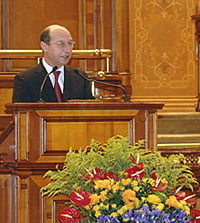 Traian Basescu va raspunde Parlamentului