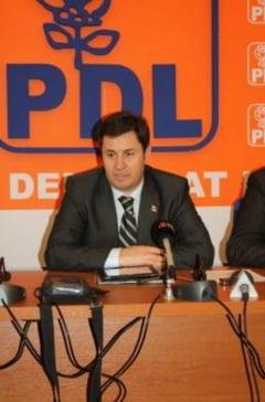 """Traian Igas contesta """"barbatia politica"""" a lui Ion Iliescu"""