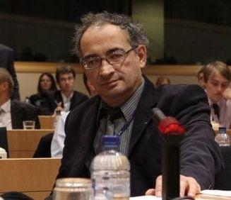 Traian Ungureanu: Numirea surpriza arata ca Ponta isi ia peste picior Guvernul