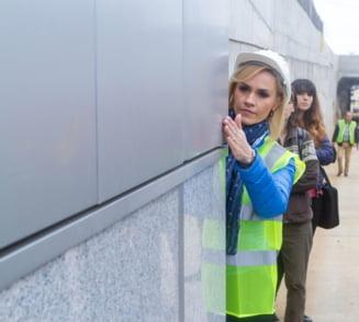 Tramvaie suspendate si transport pe calea ferata in Bucuresti? Doar PR, proiecte sclipicioase, care iau fata. Ce ar rezolva, totusi, traficul de cosmar