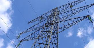 Transelectrica a pus in functiune cu succes tronsonul LEA 400 kV Oradea Sud - Nadab. Investitia se ridica la 4 milioane de lei