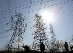 Transelectrica ar putea disponibiliza 300-400 de angajati, in urmatorii ani
