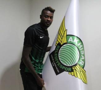 Transfer spectaculos la CFR Cluj: Echipa lui Dan Petrescu l-a luat pe Bokila - oficial