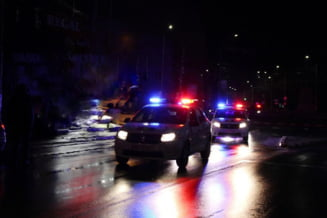 Transport ilegal de persoane in judetul Galati. Opt persoane au fost gasite de politisti intr-o autoutilitara de marfa