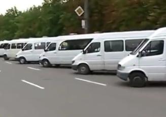 Transportatorii au intrat in greva: In 16 judete nu circula microbuzele si autobuzele. 3 milioane de calatorii se vor suspenda