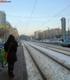 Transportul in comun din Bucuresti, dat peste cap: Mai multe linii de tramvai si troleibuz sunt blocate UPDATE