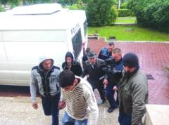 Trei ani si patru luni de inchisoare pentru fostul primar din Solca, Alexandru Mireuta, care a violat o copila de 15 ani