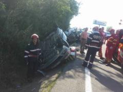 Trei autoturisme implicate intr-un accident la Padurea Saru