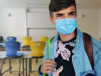 Trei elevi de liceu din Elvetia si-au falsificat testele COVID pentru a scapa de cursuri. Colegii si profesorii au stat in carantina degeaba