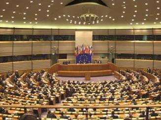 Trei europarlamentari PSD cer ridicarea restrictiilor pentru muncitorii romani si bulgari