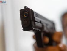 Trei oameni ai legii si un caine politist au fost impuscati in Statele Unite