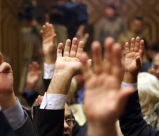 Trei parlamentari vor ca magia si ghicitul sa fie legalizate