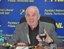 Trei senatori, printre care si un liberal, au trecut in tabara PSD