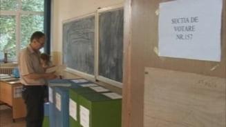 Trei zile libere pentru elevi si profesori pentru alegerile locale din 27 septembrie. Cand nu se tin cursuri