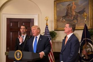 Trump a aruncat suluri de hartie unor sinistrati din Puerto Rico si le-a spus oamenilor ca nenorocirea lor destabilizeaza bugetul SUA