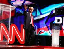 Trump a postat un video in care tranteste la pamant si loveste sigla CNN (Video)