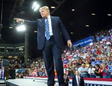 Trump cedeaza presiunii in crestere si cere anchetarea de catre FBI a lui Brett Kavanaugh, propunerea sa pentru Curtea Suprema