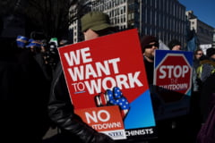 Trump cheama democratii din vacanta: Ar putea rezolva shutdown-ul in 15 minute. Spuneti-le sa rezolve problema!