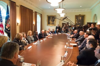 Trump continua razboiul cu presa: Eu sunt presedintele, nu ei! Ma gandesc sa ii numesc Fraud News