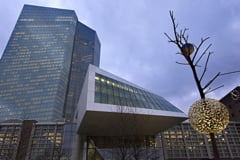 Trump creste inflatia in zona euro si-i da peste cap planurile lui Mario Draghi