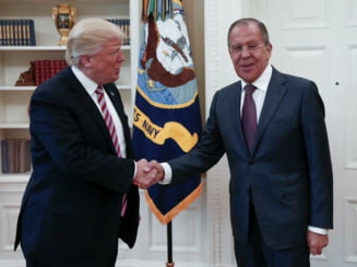 Trump insusi le-ar fi dezvaluit informatii clasificate rusilor. Casa Alba acuza o stire falsa