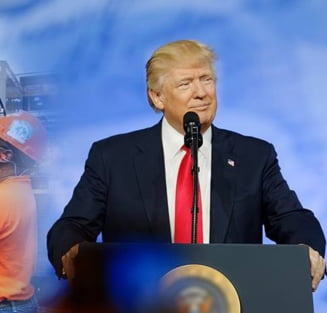 """Trump justifica folosirea expresiei """"misiune indeplinita"""", care a starnit o furtuna pe Net"""