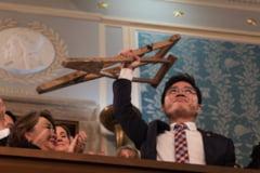 Trump primeste sase transfugi nord-coreeni in Biroul Oval